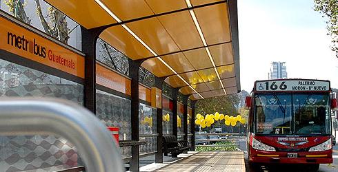 El Metrobús viene con retraso