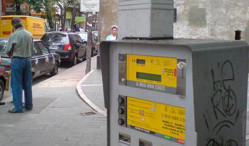 Es ley el estacionamiento medido en la Ciudad