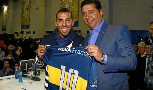 La Boca aportó su color para la bienvenida a Tevez