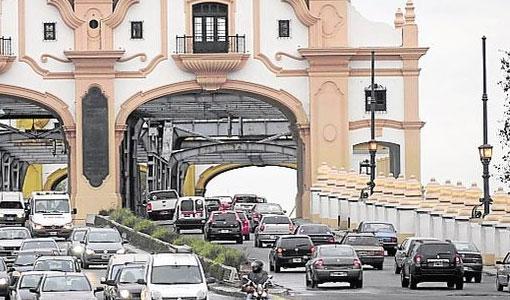 El Puente Alsina recuperó su color y su historia