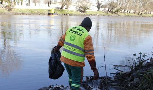 Se recolectaron 1500 toneladas de residuos del Riachuelo.
