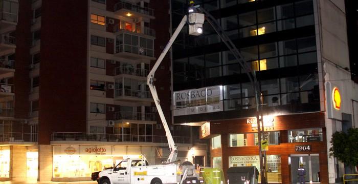 Recambio de luminarias LED en calles y parques