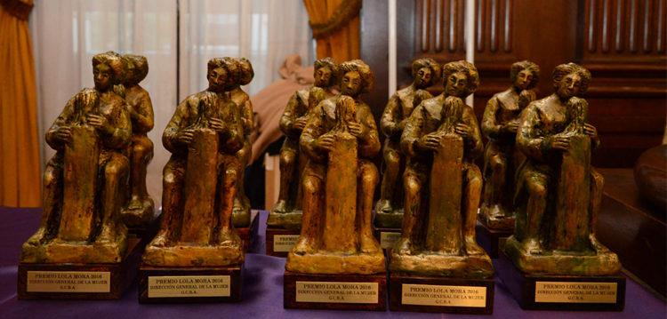 Entregaron los premios Lola Mora 2016, la mujer en los medios
