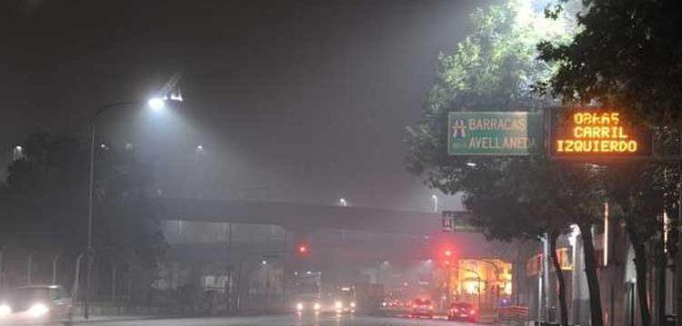 Una fuerte humareda comenzó a sentirse en la ciudad