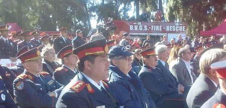 Bomberos Voluntarios del país festejaron su día en Palermo