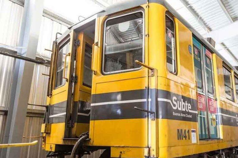 Subastaran viejos vagones de subte y lo recaudado irá a obras