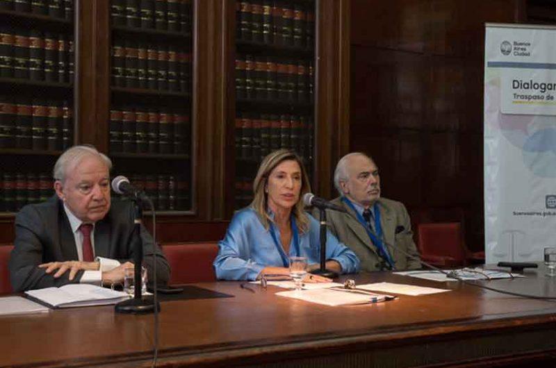 """Se realizo el encuentro """"Dialogando BA"""" en la Facultad de Derecho"""