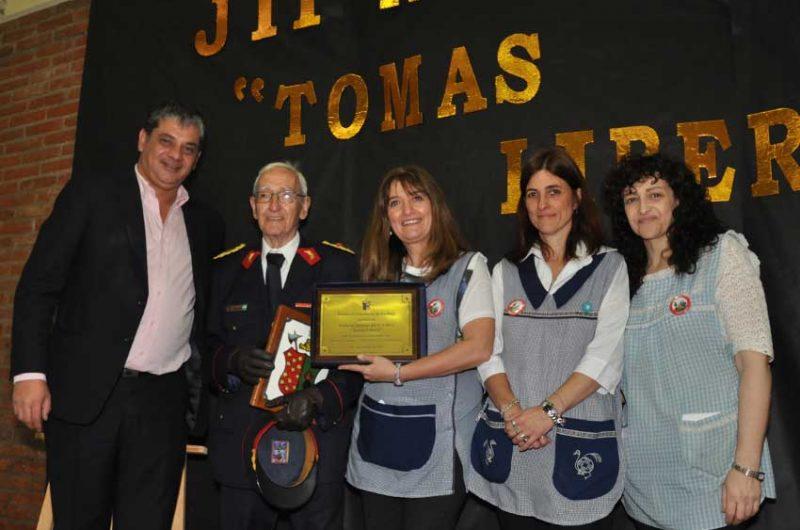 """Acto de Imposición del nombre de """"Tomas Liberti"""" al Jardín de Infantes N° 4"""