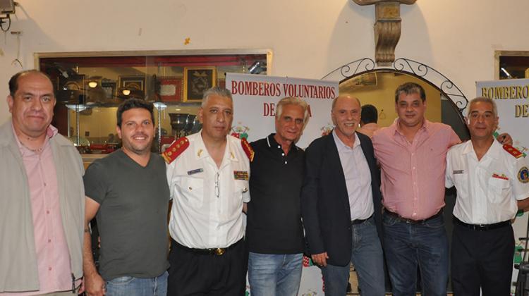 Crean la Federación de Bomberos Voluntarios de la Ciudad