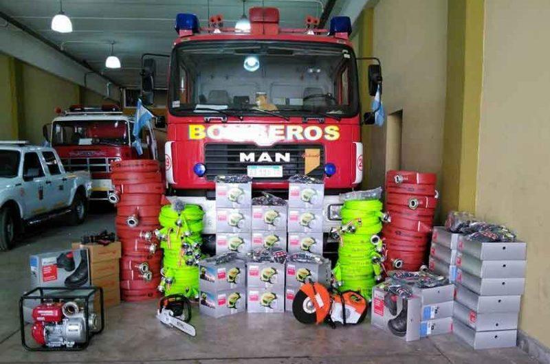 Bomberos de La Boca suman equipos para su trabajo