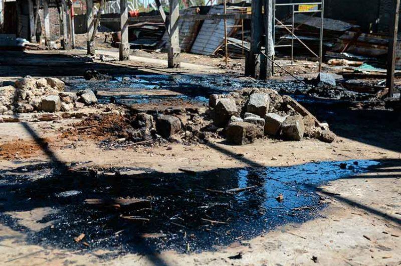 06979fbb6 Clausuran establecimiento que volcó hidrocarburos al Riachuelo ...