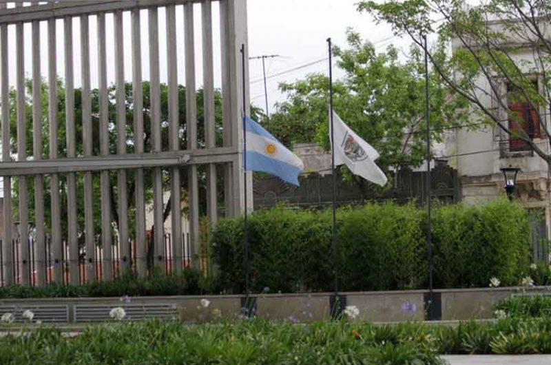 La Ciudad decretó dos días de duelo por el fallecimiento de dos policías