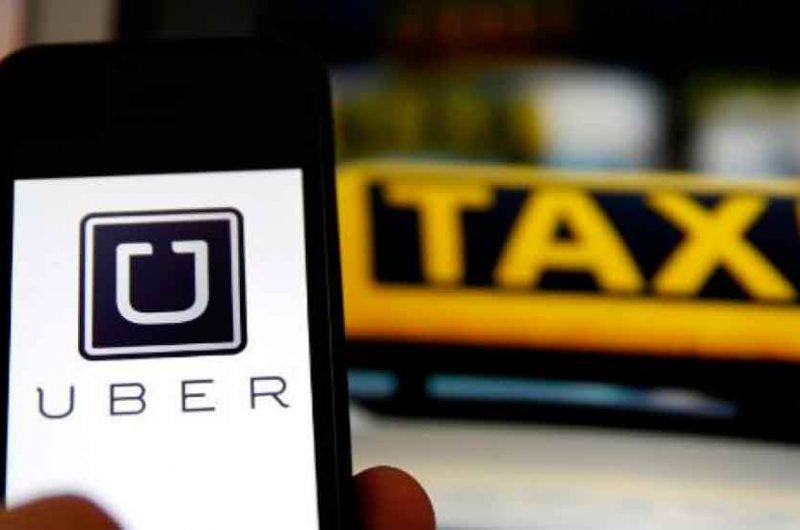La Fiscalía acusa Uber de actividades lucrativas no autorizadas