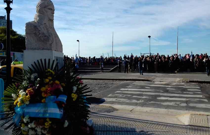 Homenaje al Almirante Guillermo Brown en La Boca