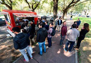 Llegan los food trucksy Parque Patricios es el primer barrio donde desembarcan