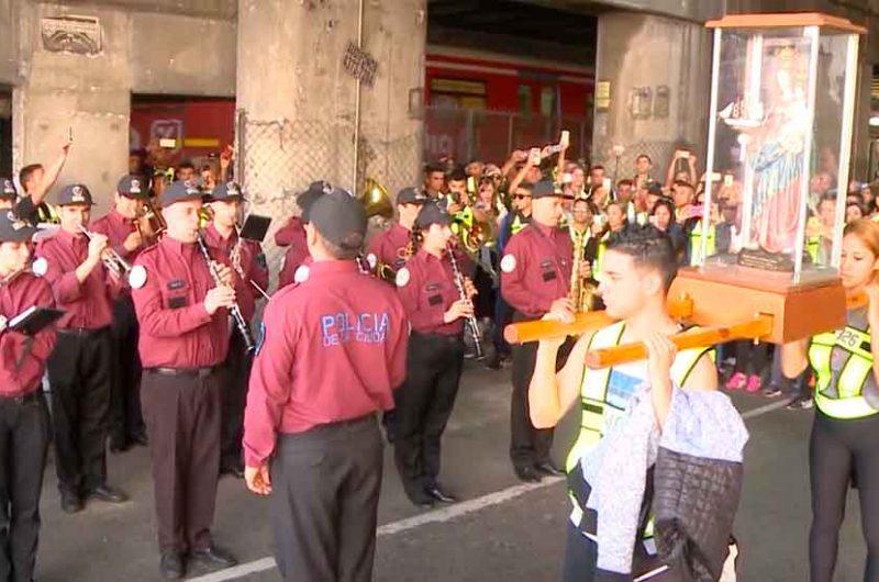 Los bomberos de la ciudad peregrinaron hacia Luján