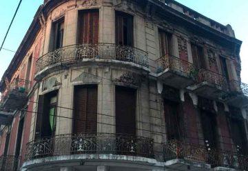 Un edificio centenario corre peligro derrumbe