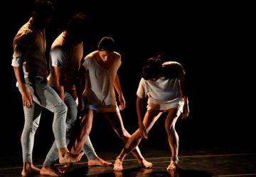 Unión de danzas contemporáneas al aire libre