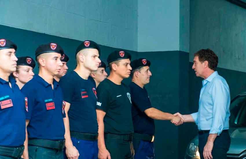 Diego Santilli visito a los bomberos de la Estación 3 de Barracas