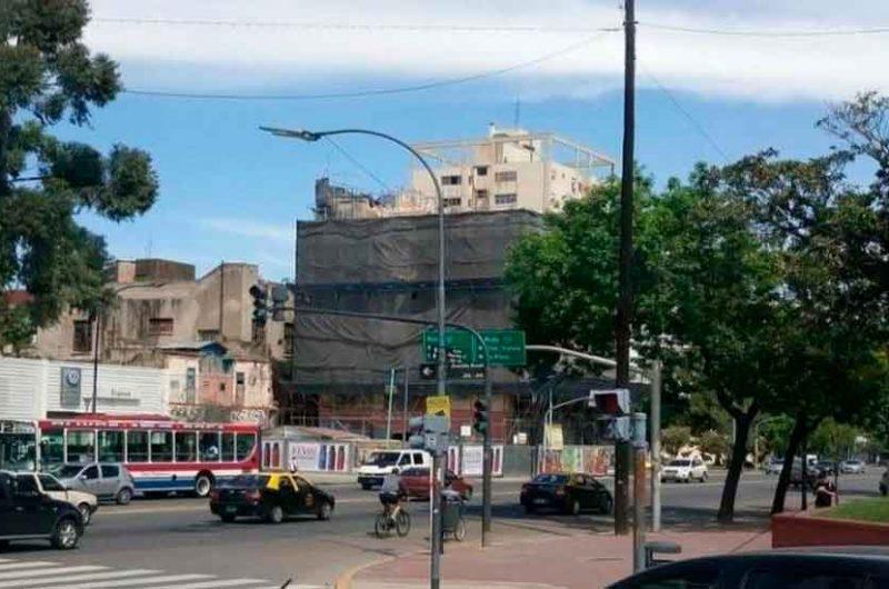 Demolieron el emblemático edificio Marconetti