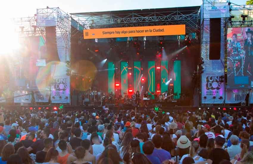Una multitud disfrutó de la segunda edición Festival Únicos