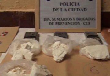 La Policía detuvo a cuatro personas por comercialización de estupefacientes
