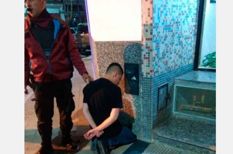 «Hombres araña» colombianos detenidos en Saavedra