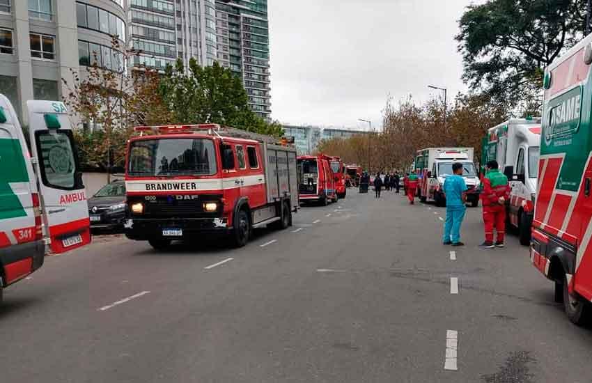 Se incendió un departamento en un edificio en Puerto Madero