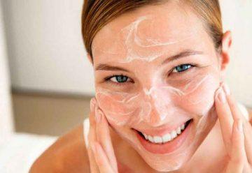 Limpieza facial para rejuvenecer y tener un cutis perfecto