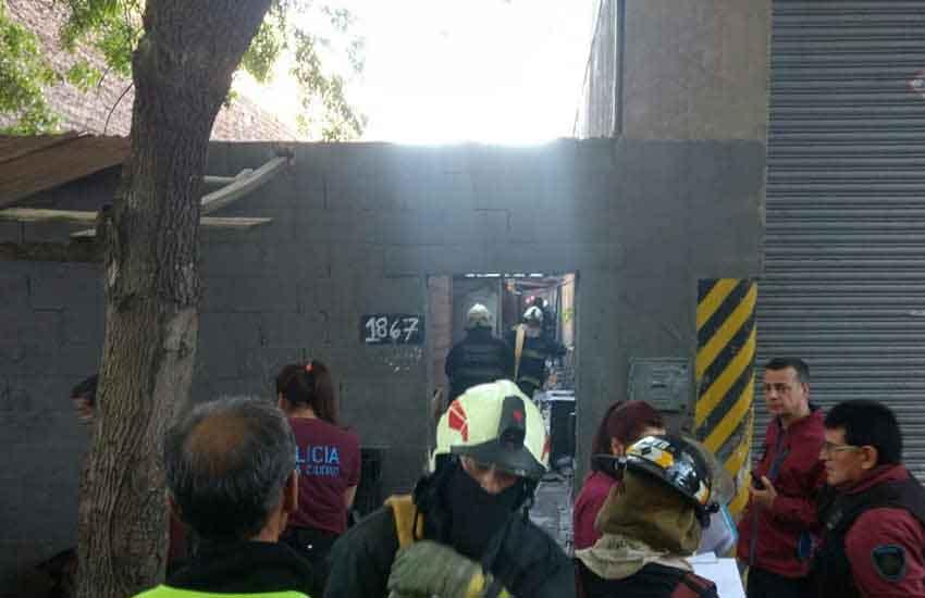Incendio destruyó 4 habitaciones