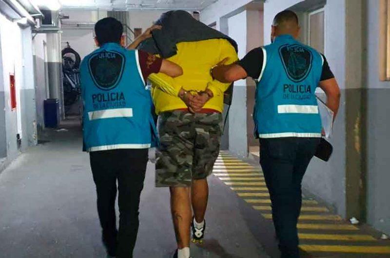 La Policía desbarató una banda que robaba departamentos en Recoleta
