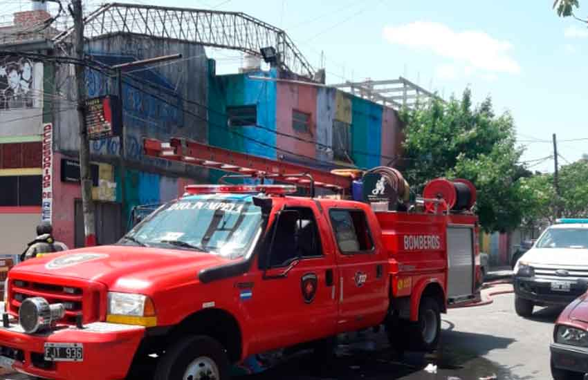 Incendio en Santo Domingo e Iguazú