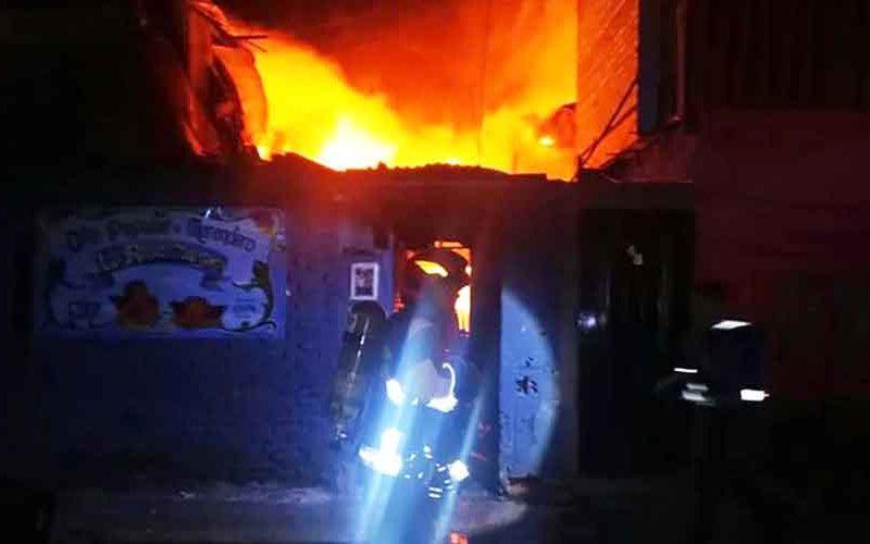 Un Incendio afectó una casa de la calle Irala