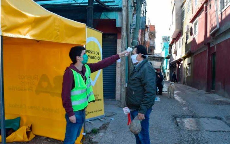 La Ciudad instaló postas febriles en los barrios vulnerables