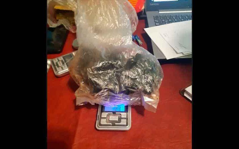 Detuvieron dealers con marihuana y cocaína tras allanamientos