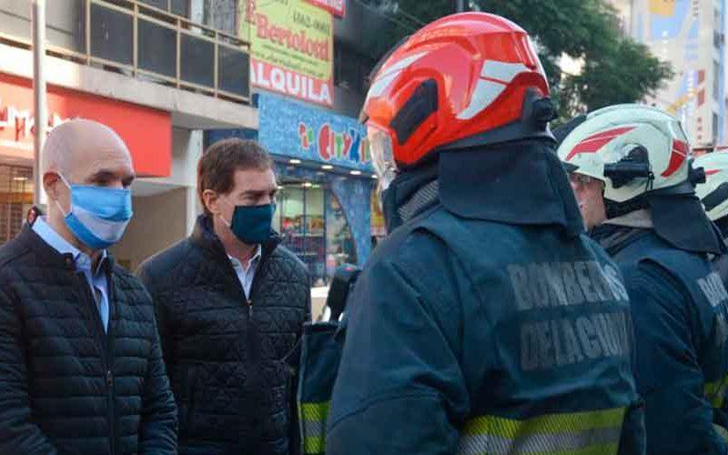 Homenaje a los bomberos caídos en servicio en Villa Crespo