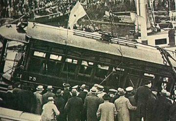 90 años: La tragedia de la caída del tranvía 75 al Riachuelo