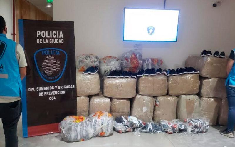 Secuestran dos mil pares de zapatillas de contrabando