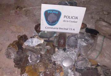 Cuatro detenidos por el robo de placas de bronce en el Cementerio